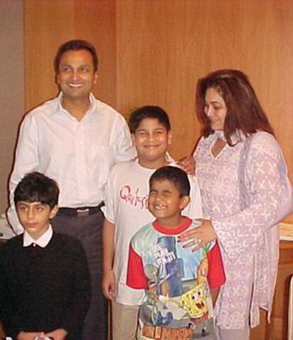 Anil Ambani Family Picture Group Anil Ambani Family